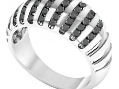 תכשיטים בעיצוב אישי עם יהלומים שחורים