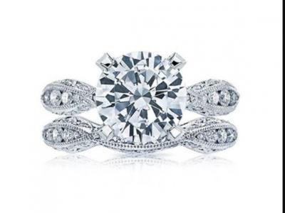 טבעת יהלום יוקרתית