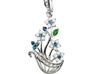 תליון זר פרחים מעוצב בזהב יהלומים ואבנים צבעוניות