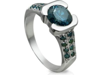 טבעת זהב לבן אמרלד
