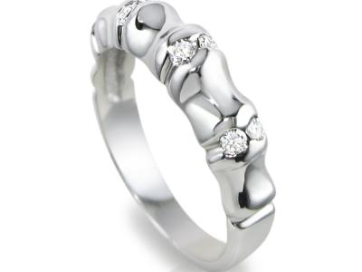 טבעת אירוסין עיצוב מיוחד, טבעת מקומרת