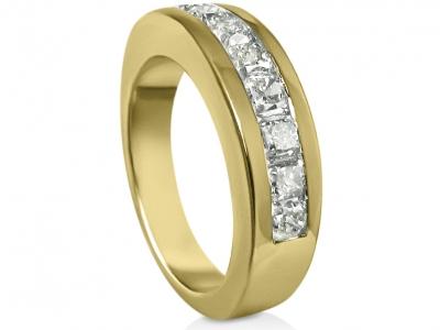 טבעת יהלומים לגבר ואישה