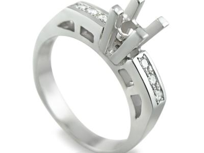 טבעת אירוסין לשיבוץ