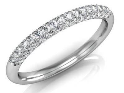 טבעת נישואין משובצת יהלוים