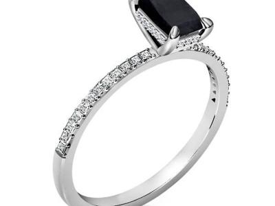טבעת אירוסין במבצע