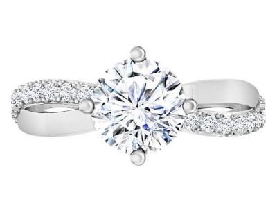 טבעת אירוסין בעיצוב טוויסט