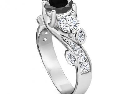 טבעת אירוסין יהלום שחור