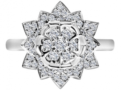 טבעת יהלומים בעיצוב פרח