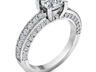 טבעת אירוסין עשירה ביהלומים