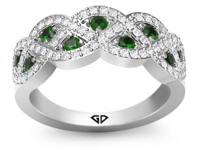 טבעת יהלומים בשילוב אמרלד ברקת