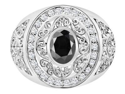 טבעת יהלומים מרשימה לאישה