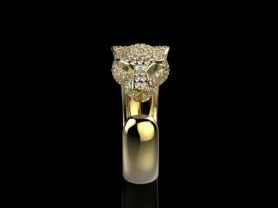 טבעת יהלומים בעיצוב נמר
