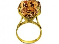 טבעות זהב עם אבן גדולה מאוד