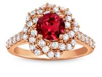 טבעות יהלומים זהב אדום פרח יהלומים שבמרכזו אבן חן רובי