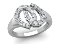 טבעת זהב בעיצוב שאנל