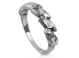 טבעת יהלומים מעוצבת אפשרי כטבעת אירוסין שונה
