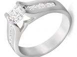 טבעת מעוצבת עם יהלום פרינסס