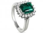 סט שלם של טבעת עגילים ותליון יהלומים ואבן חן אמרלד/ברקת