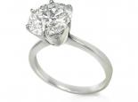טבעת סוליטר קלסית ומרשימה עם שיבוץ 6 שינים מעל 1 קארט יהלום