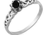 טבעת סוליטר בעיצוב מיוחד של טוויסט- יהלום שחור מרכזי