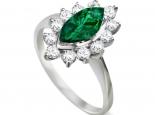 טבעת מודל דיאנה עם אבן חן מרכזית בצורת מרקיזה מסוג אמרלד או ספיר או רובי