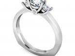 טבעת 3 יהלומים יהלום מרכזי רבע קארט