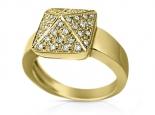 טבעת בצורת פירמידה משובצת ביהלומים