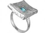 טבעת מעצבים טבעת זהב מט עם אבן חן מרובעת פרינסס במרכז