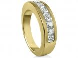 טבעת זהב צהוב לגבר ולאישה יהלומים משובצים בתוך הטבעת