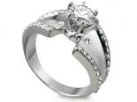 טבעת וינטג' מעוצבת עם יהלום מרכזי 1 קארט