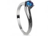 טבעת זהב בעיצוב מיוחד עם אבן חן רובי ספיר אמרלד