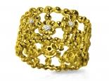 טבעת זהב ויהלומים משובצת פרחים לפסח