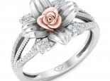 טבעת זהב ויהלומים בעיצוב וינטג' פרחונית