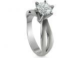 טבעת להצעת אירוסין עם יהלום מרובע פרינסס סוליטר