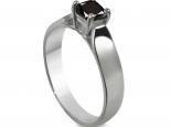 טבעת סוליטר יהלום שחור חצי קרט