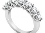 טבעת יהלומים גדולה ומיוחדת