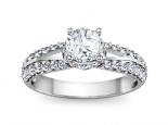 טבעת אירוסין מיוחדת יהלום מרכזי משובץ על קשתות יהלומים 30 לקארט יהלום