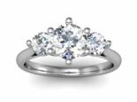טבעת אירוסין 3 יהלומים 0.30 יהלום מרכזי