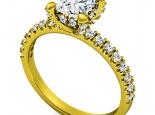 טבעת יהלום קלסית שיבוץ יהלומים על השיבוץ