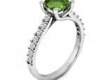 טבעת אירוסין עם טוויסט אבן חן מרכזית