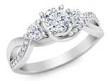 טבעת טריפל עם 3 יהלומים בעיצוב מיוחד יהלום מרכזי חצי קרט