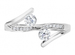 טבעת יהלומים בעיצוב טוויסט