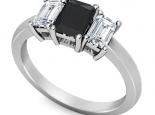 טבעת טריפל יהלום שחור אמרלד