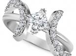 טבעת אירוסין בעיצוב יוקרתי חצי קרט יהלום מרכזי