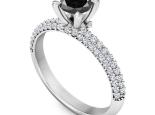 טבעת אירוסין משובצת יהלומים יהלום שחור מרכזי