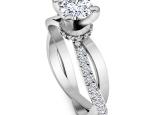 טבעת סוליטר חצי קארט עם יהלומים בעיצוב וינטג