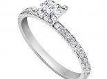 טבעת אירוסין קלאסית עדינה חצי קארט מרכזית