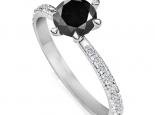 טבעת אירוסין סוליטר 6 שיניים יהלום שחור מרכזי