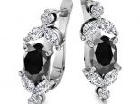 עגילי יהלומים לאישה- יהלום שחור מרכזי