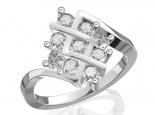 טבעת 9 יהלומים משובצת בסגנון טוויסט מרובע
